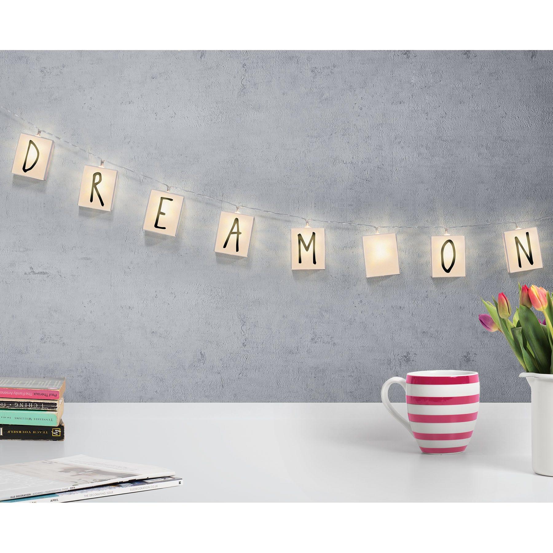 Letras con luz LED Merkury Innovations para pared